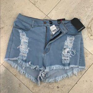 NWT Fashion Nova Keep it Up Denim Shorts 3x